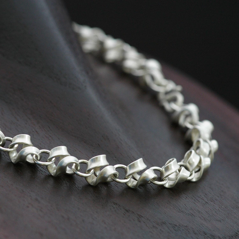 Kette - geschwungen - handgefertigt aus 925er Silber