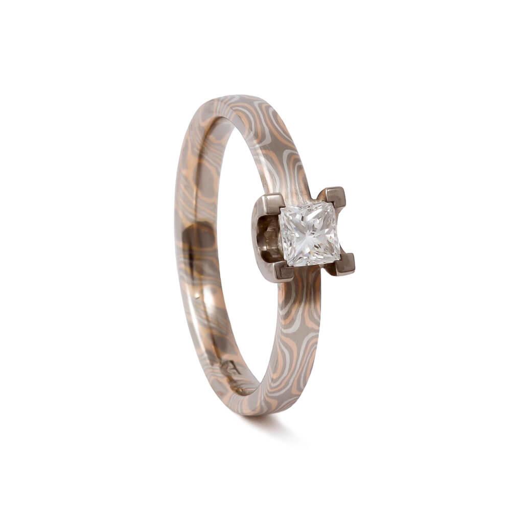 Verlobungsring - aus Mokume Gane mit Diamant