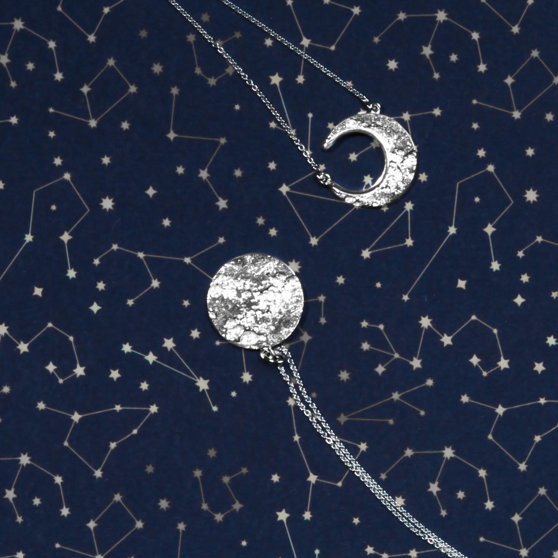 Ketten mit Mondanhängern aus Silber