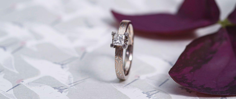 Verlobungsring - Mokume Gane und Diamant