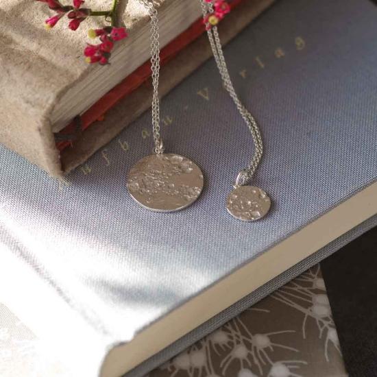 Zarte Halskette mit Kreis-Anhänger »Mond« aus 925er Silber Varianten